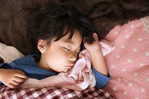 幼児期の睡眠「寝る」